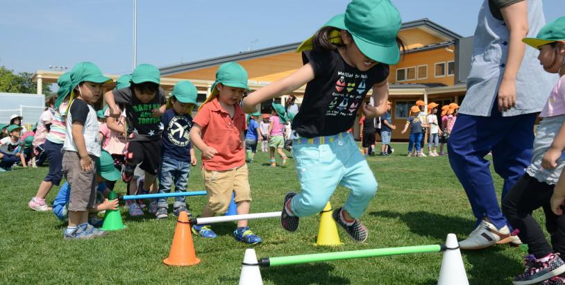 【写真】保育園での運動遊びの様子